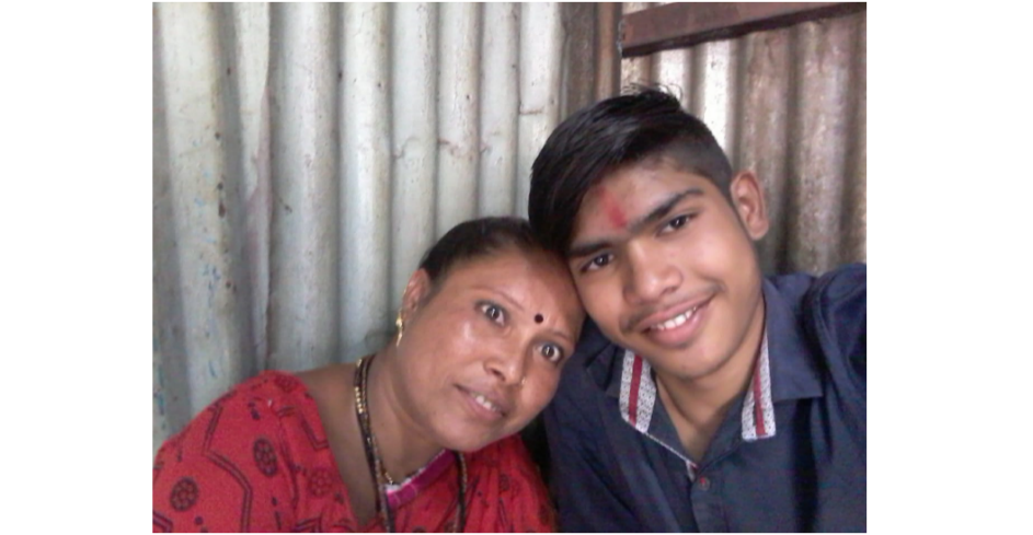 A photo of graduate Anil Sharad Kale with his mother